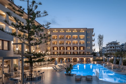 . Theartemis Palace