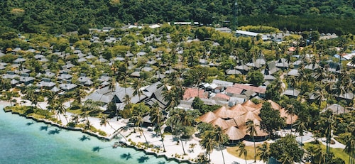 . SAii Phi Phi Island Village
