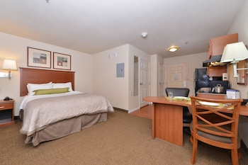 Studio Suite, 1 Queen Bed, Non Smoking