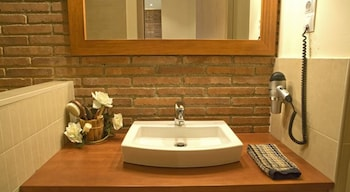 Arc de Triomf Apartments - Bathroom  - #0
