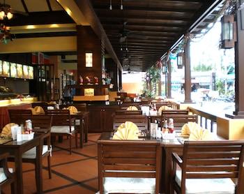 ラタナ ビーチ ホテル