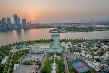 Hotel - Holiday International Sharjah