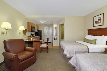 Guestroom at Candlewood Suites Norfolk Airport in Norfolk