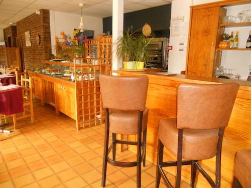 Hotel Restaurant le Pressoir, Yonne