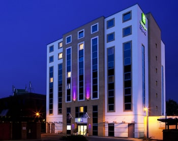 Hotel - Holiday Inn Express London-Watford Junction