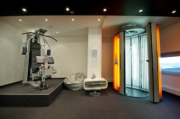 Pannonia Tower Hotel - Sports Facility  - #0