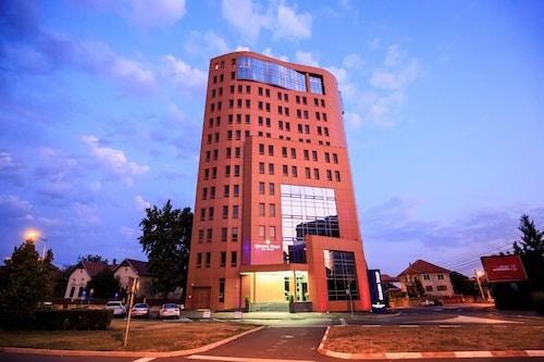 . Golden Tulip Ana Tower Sibiu