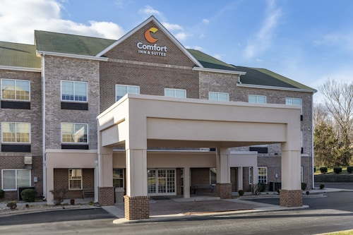 . Comfort Inn & Suites High Point - Archdale