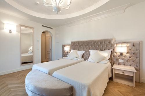 . Hotel Aurelia