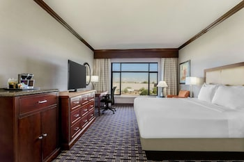 One King Bed, Hearing-Accessible
