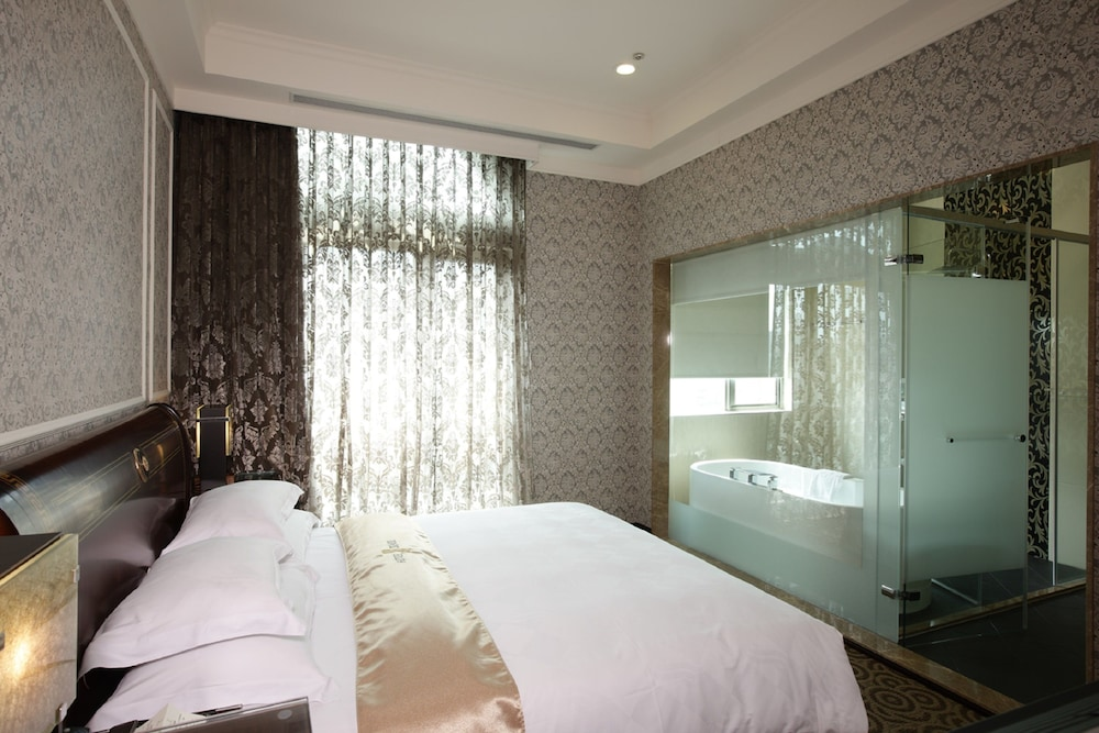 ホテル センス (伸適商務旅館)