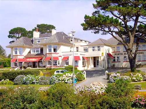 __{offers.Best_flights}__ Porth Avallen Hotel
