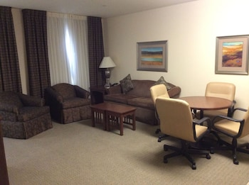 Room, 1 Bedroom, Kitchen (Conference Table)