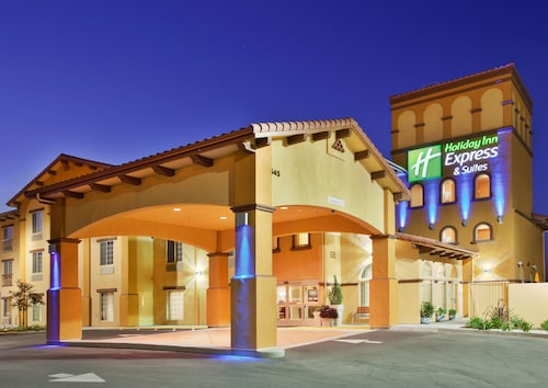 . Holiday Inn Express & Suites Willows, an IHG Hotel