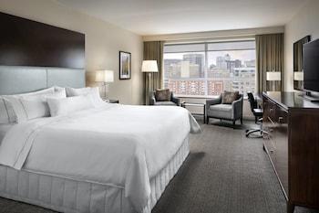 Premium Room, 1 King Bed, Non Smoking, Tower