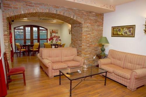 __{offers.Best_flights}__ Hotel El Tejo