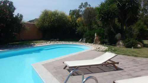 . S'Acqua Sassa Resort