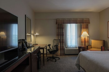 1 King Bed, Accessible