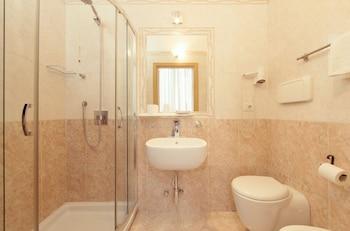 Hotel Brianza - Bathroom  - #0