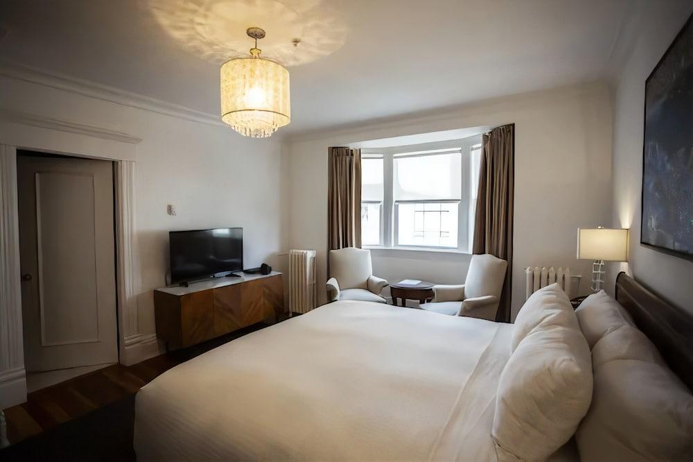 ビクトリアン ホテル