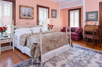 Room, Private Bathroom (Mary Hoyt Room Inn, Includes Breakfast, No Pets)