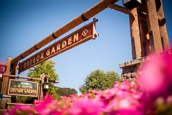 Hotel - Oregon Garden Resort
