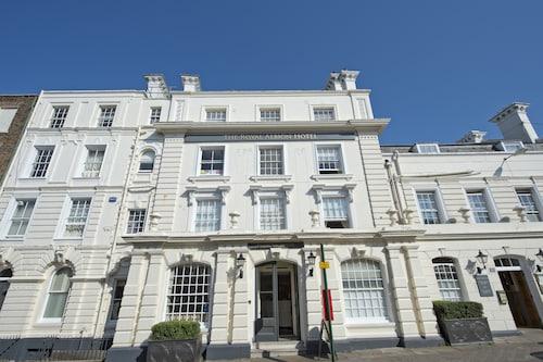 . Royal Albion Hotel