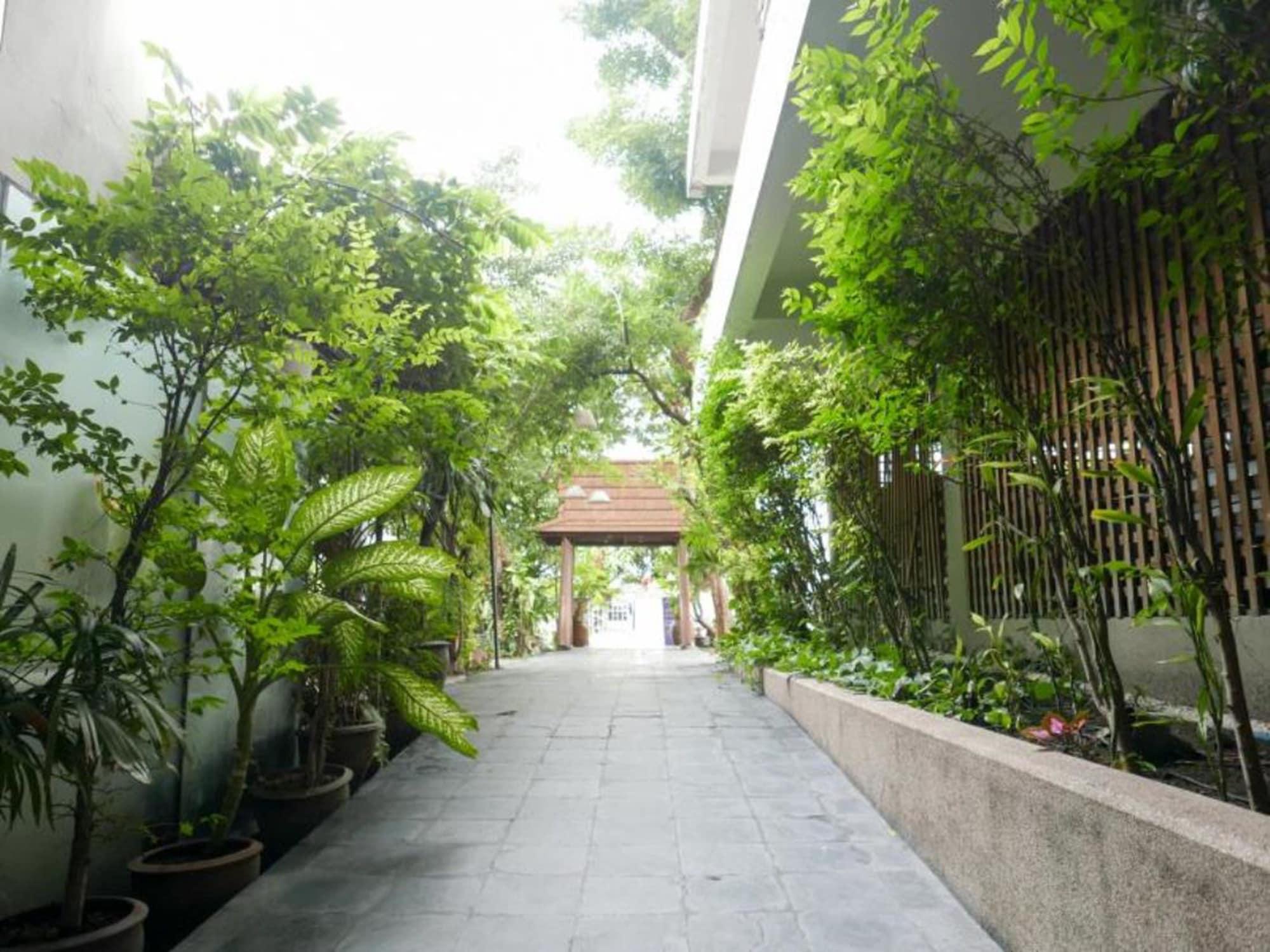 The Residence Rajtaevee Hotel, Ratchathewi