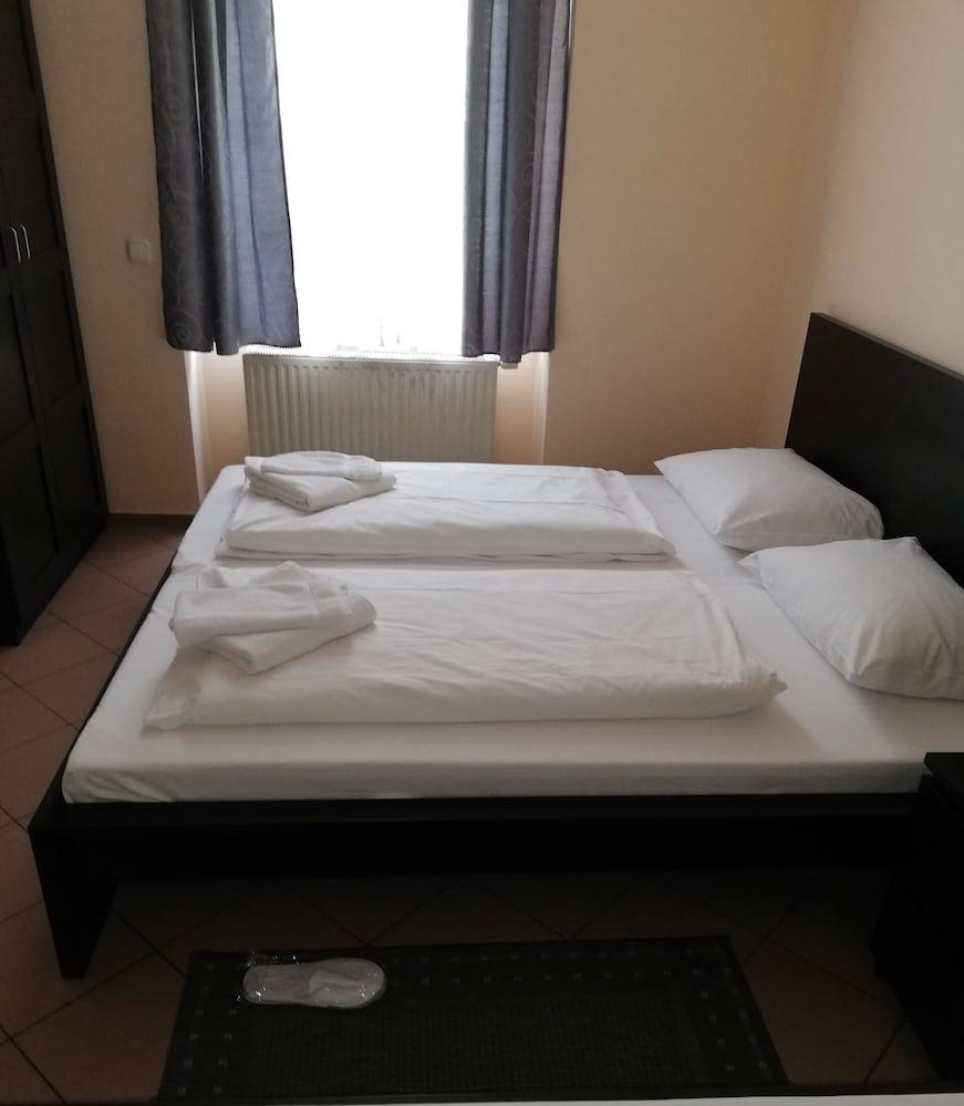 エンジェル ホテル