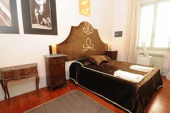Apartment, 2 Bedrooms, Kitchenette (Large - via Borgognissanti 33)