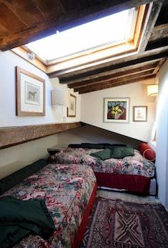 Double Room (Attic)