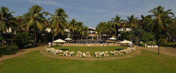 Hotel - Club Mahindra Varca Beach, Goa