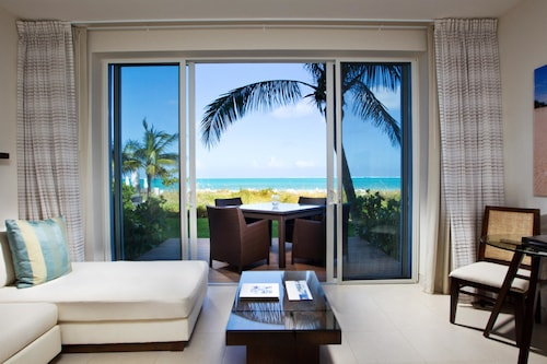 Wymara Resort and Villas,