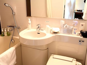 HOTEL GRACERY TAMACHI Bathroom