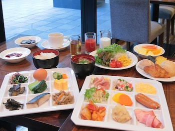 HOTEL GRACERY TAMACHI Breakfast Meal