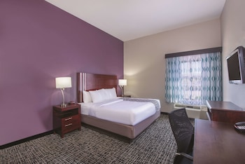 Deluxe Room, 1 King Bed, Accessible, View (Mobility Accessible)