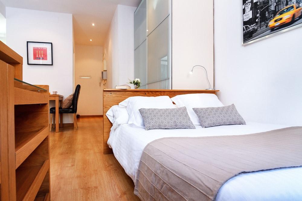필앳홈 보나비스타 아파트먼트(Feelathome Bonavista Apartment) Hotel Image 4 - Guestroom
