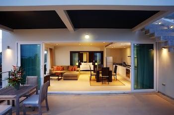 1 Bedroom Seaview Pool Suite