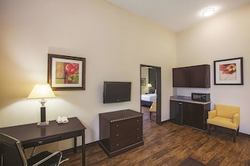 Family Suite, 1 King Bed, Accessible, Non Smoking (Mobility/Hearing Accessible)
