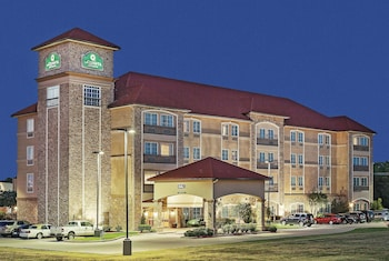 Hotel - La Quinta Inn & Suites by Wyndham Allen at The Village