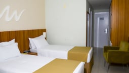 Twin Room, 2 Twin Beds, City View