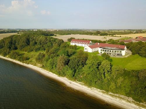 . Hotel Limfjorden