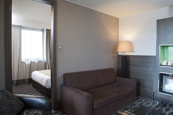 Suite, 1 Double Bed with Sofa bed, Non Smoking