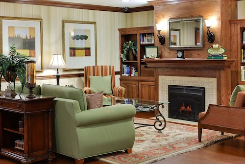 __{offers.Best_flights}__ Country Inn & Suites by Radisson, Marion, IL