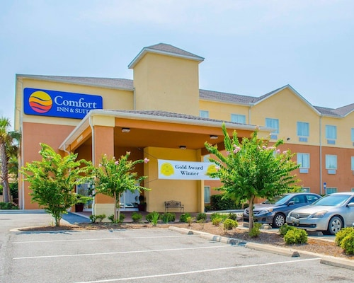 . Comfort Inn & Suites Crestview
