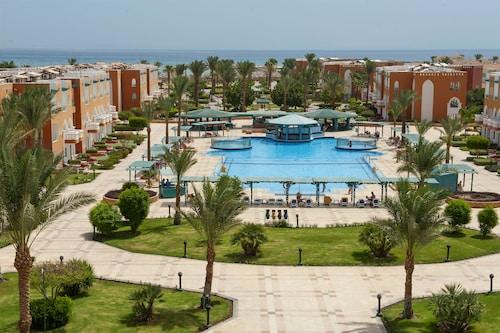 SUNRISE Garden Beach Resort & Spa, Safaja