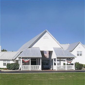 Hotel - The Inn at Amish Acres