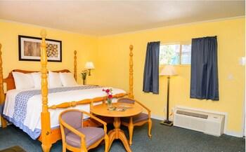 Standard Suite, Private Bathroom (2 Bedroom King Suite)