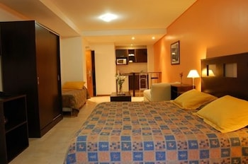 Suite, 3 Twin Beds