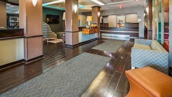 貝斯特韋斯特普拉斯奧拉西飯店 Best Western Plus Olathe Hotel